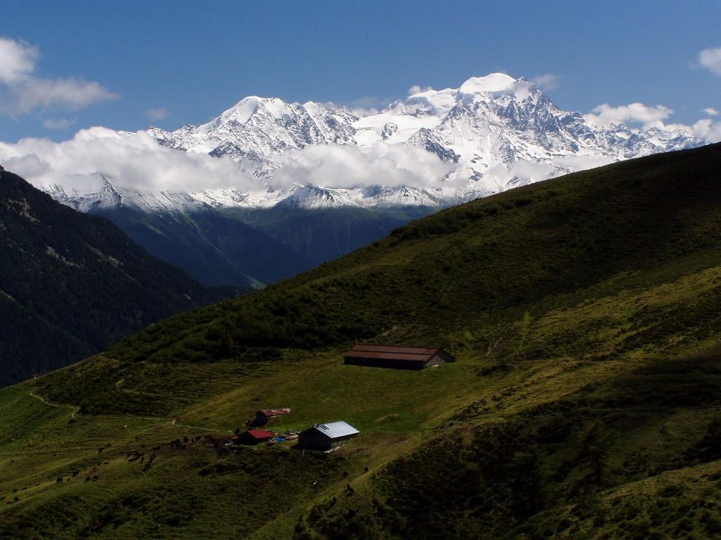 Trekking Around Mont Blanc Trek From Chamonix To Aosta