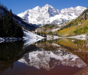Maroon Bells view from Maroon lake
